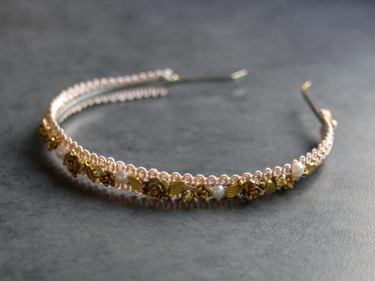 haarreif-liliane-gold-apricot-muenze-front